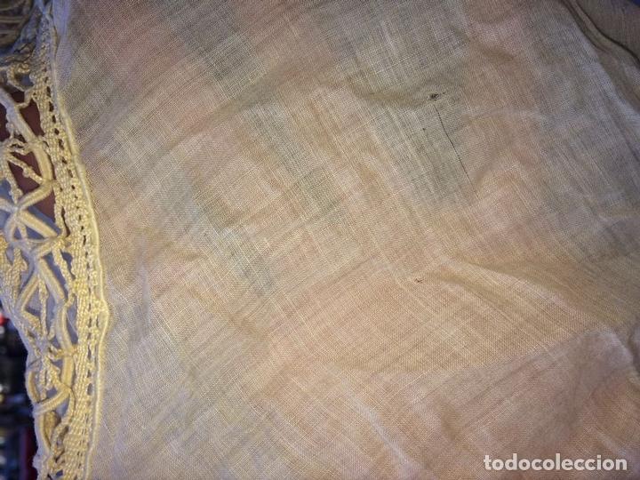 Antigüedades: PAREJA DE CORTINAS-VISILLO. BATISTA DE SEDA O VISCOSA. BORDADOS. ESPAÑA. SIGLO XIX - Foto 29 - 135327770