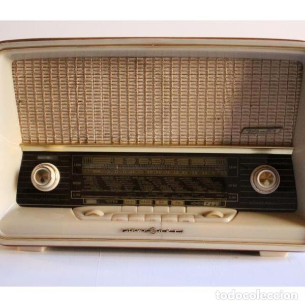 ANTIGUA RADIO LOEWE (Antigüedades - Varios)