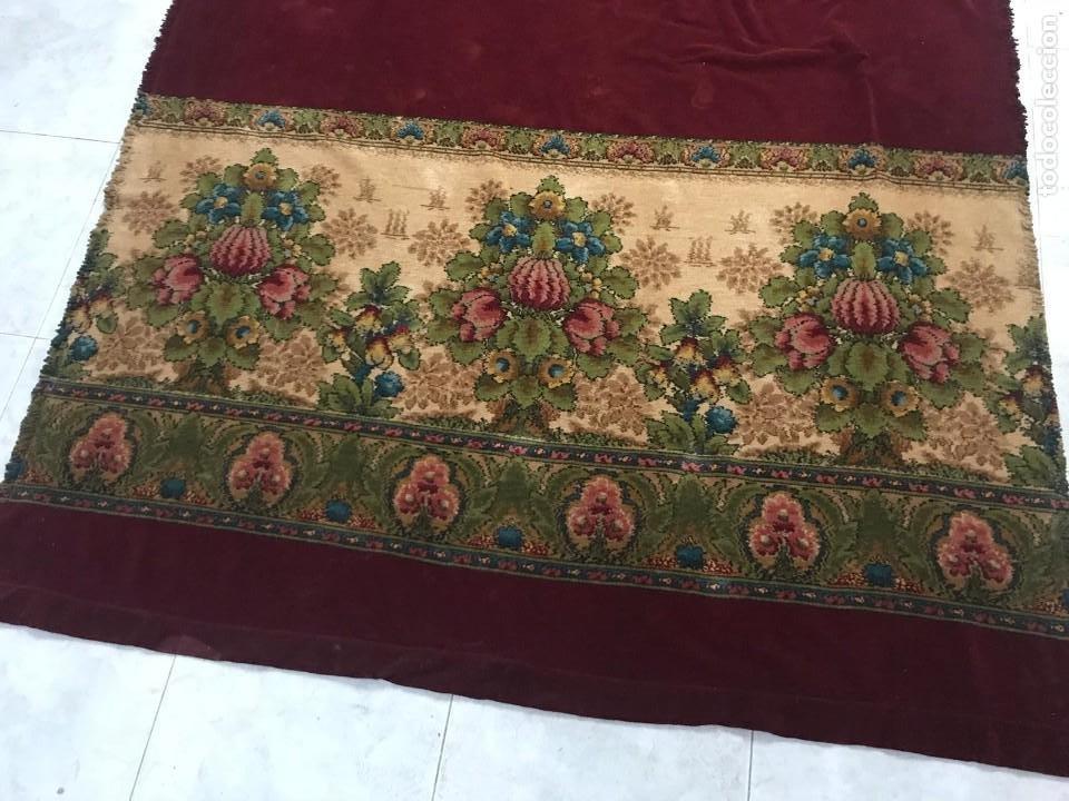 Antigüedades: Cortina-tapiz de lana y terciopelo. Siglo XIX. - Foto 2 - 135390890