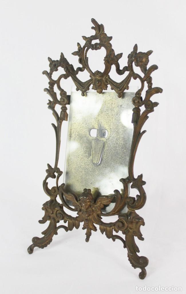 Antigüedades: Marco de bronce s XIX con ángeles. - Foto 2 - 135395018