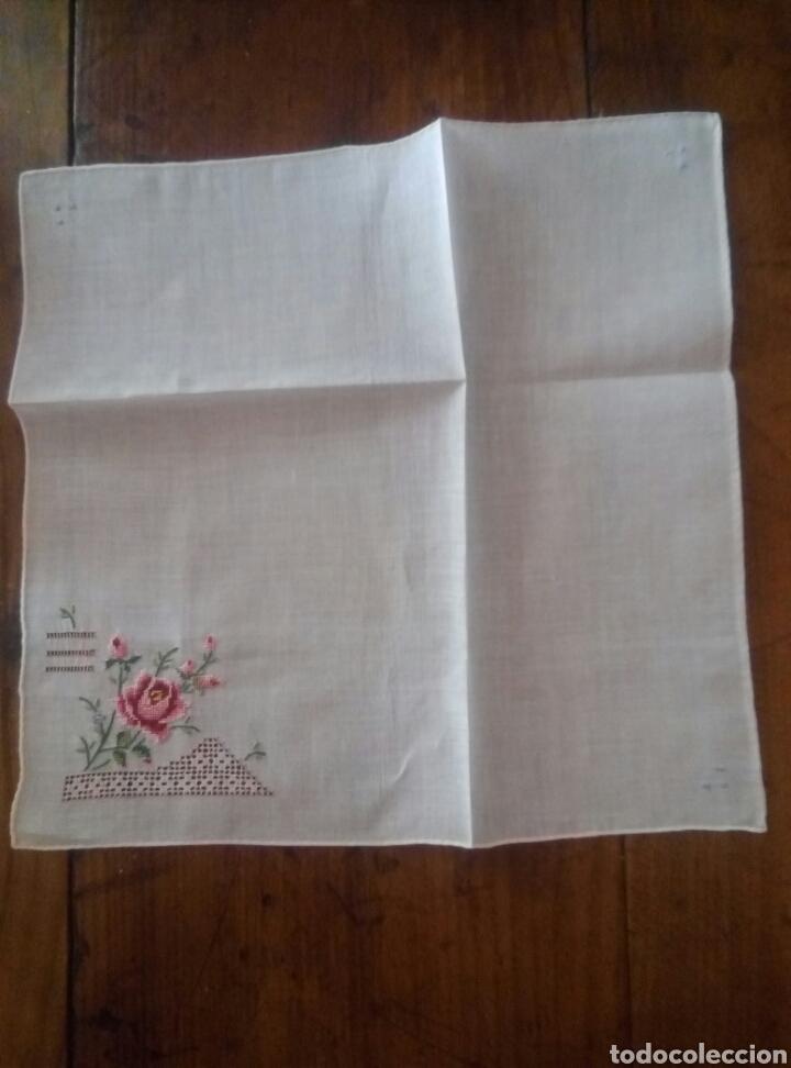 Antigüedades: Pañuelo hilo bordado y vainicas - Foto 2 - 135420531
