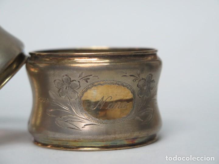 Antigüedades: BONITA PAREJA DE SERVILLETEROS DE PLATA Y PLATA DORADA. SIGLO XIX - Foto 4 - 135444474