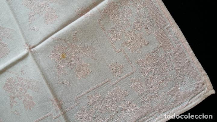 Antigüedades: Cuatro (4) antiguas servilletas - Foto 6 - 135477946