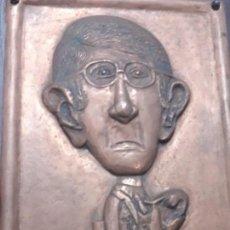 Antigüedades: ANTIGUO CUADRO EN COBRE REPUJADO REPRESENTANDO UNA CARICATURA SIN IDENTIFICAR. Lote 135501386