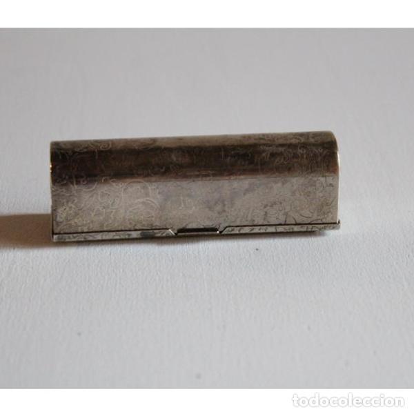Antigüedades: Antigua y pequeña caja para pintalabios - Foto 2 - 135506994
