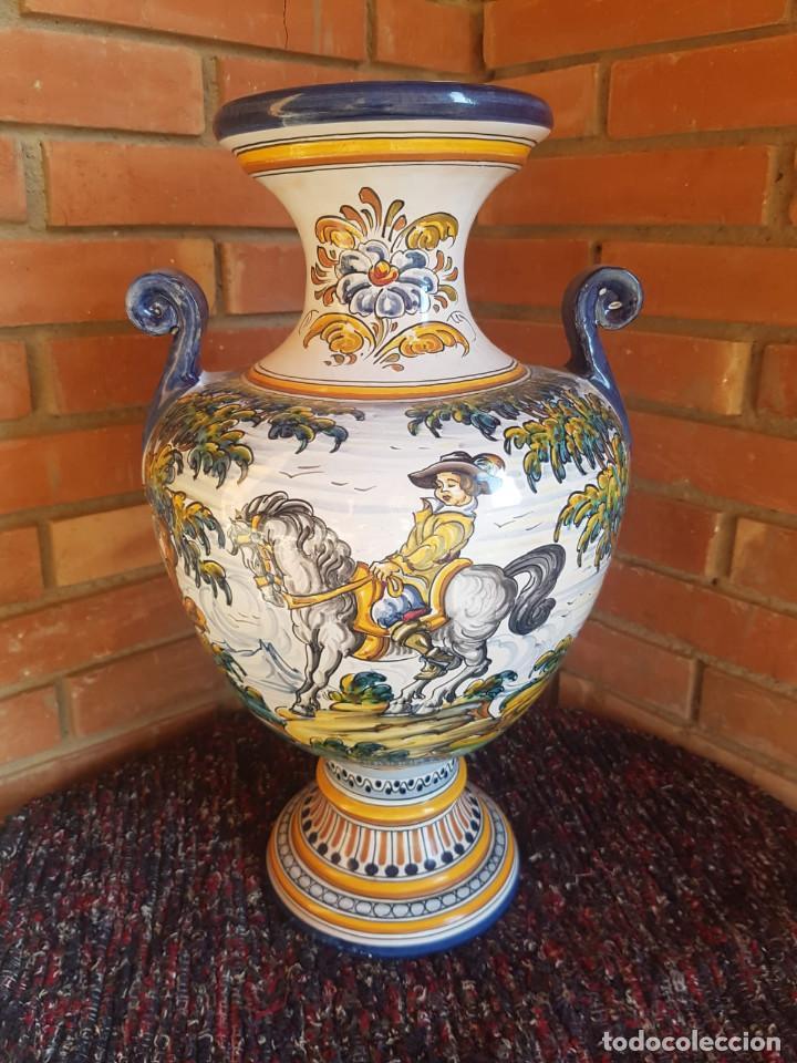 Antigüedades: jarron-anfora ceramica talavera con firma - Foto 2 - 135522918