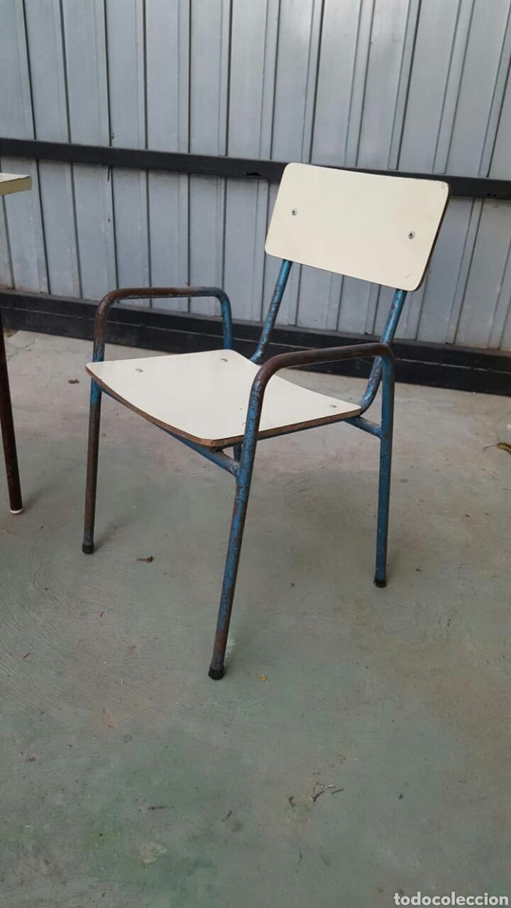 Antigüedades: Conjunto mesas y 6 sillas para niños - Foto 3 - 135542909