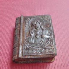 Antigüedades: ANTIGUO ROSARIO EN CAJITA DE METAL. Lote 135594774