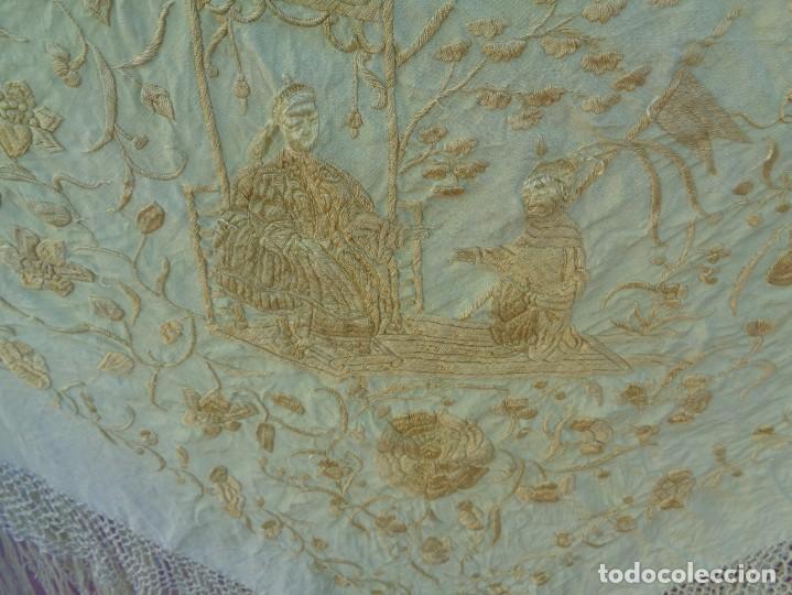 Antigüedades: PRECIOSO Y ANTIGUO GRAN MANTON DE MANILA ISABELINO ALA DE MOSCA CON MOTIVOS CHINESCOS Y FLORALES - Foto 5 - 135606650