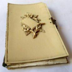 Antigüedades: ANTIGUA AGENDA O CARNET DE BAILE EN MARFIL TALLADO , SIGLO XIX . Lote 135612810