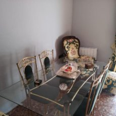 Antigüedades: JUEGO DE COMEDOR (MESA Y 4 SILLAS). Lote 135636107