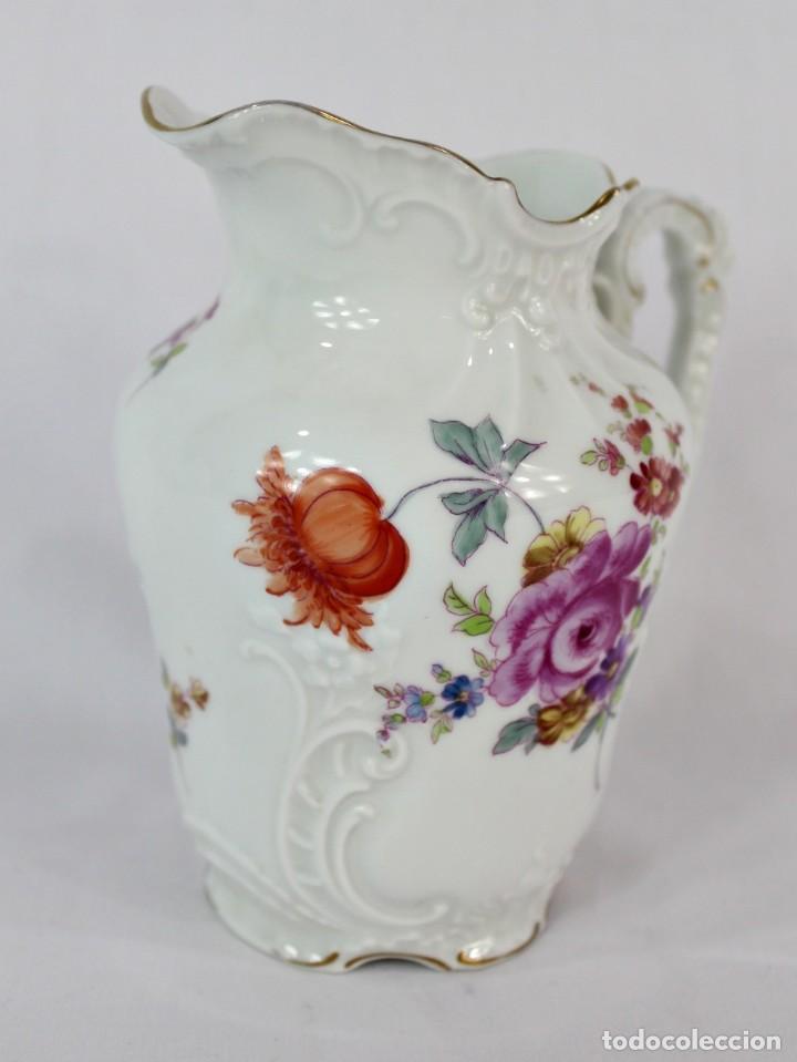 Antigüedades: Lechera numerada y sellada porcelana alemana pps s XX - Foto 2 - 135644563