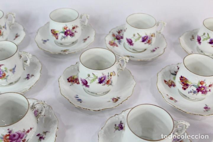 Antigüedades: Diez tazas de delicadas flores pintadas a mano, diferentes entre si, porcelana alemana pps s XX - Foto 3 - 135644887