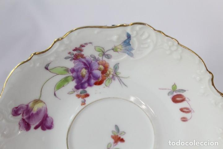Antigüedades: Diez tazas de delicadas flores pintadas a mano, diferentes entre si, porcelana alemana pps s XX - Foto 5 - 135644887