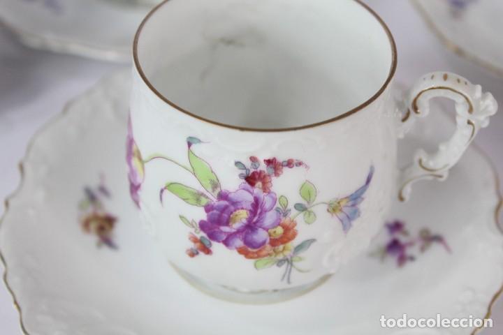 Antigüedades: Diez tazas de delicadas flores pintadas a mano, diferentes entre si, porcelana alemana pps s XX - Foto 8 - 135644887