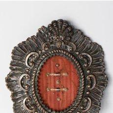 Antigüedades: ANTIGUO RELICARIO VIRGEN DE LOS REYES Y CRISTO DE PASIÓN. Lote 135674311
