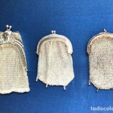 Antigüedades: 3 MONEDEROS DE MALLA Y PLATA. Lote 135675915