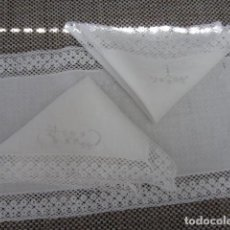 Antigüedades: BORDADO - ENCAJE BOLILLOS - TAPETE - ARTESANIA + INFO.. Lote 135734863