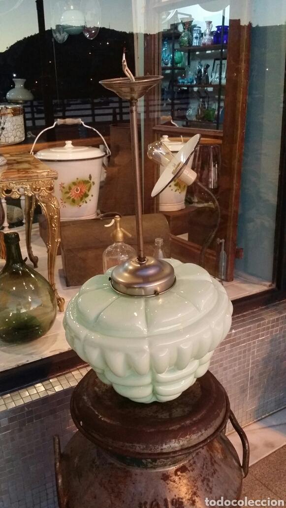 Antigüedades: Lámpara de techo opalina Circa 1930 - Foto 4 - 135749565