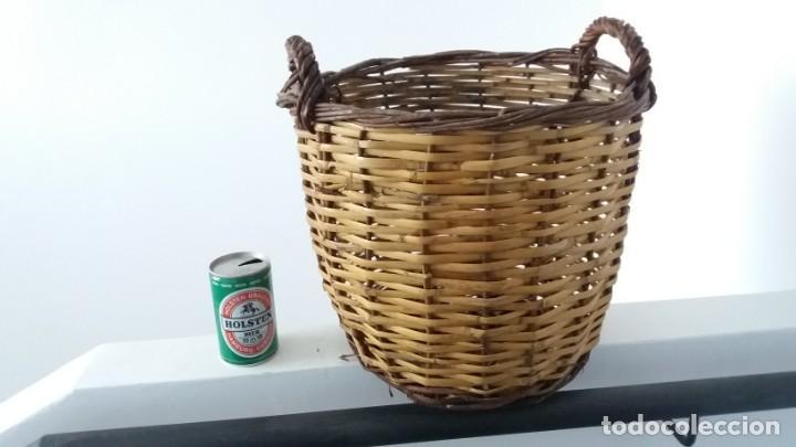 Antigüedades: Antigua cesta de mimbre capazo para fruta setas agricultura ecologica - Foto 4 - 135759026