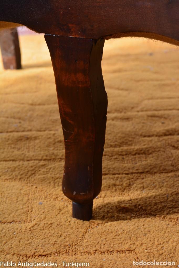 Antigüedades: Sofá isabelino restaurado - Tapicería en color blanco - Sofá antiguo madera posiblemente de frutal - Foto 10 - 135791194