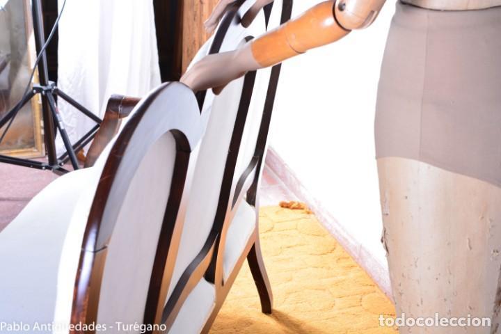 Antigüedades: Sofá isabelino restaurado - Tapicería en color blanco - Sofá antiguo madera posiblemente de frutal - Foto 12 - 135791194