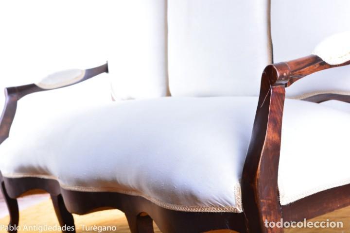 Antigüedades: Sofá isabelino restaurado - Tapicería en color blanco - Sofá antiguo madera posiblemente de frutal - Foto 17 - 135791194