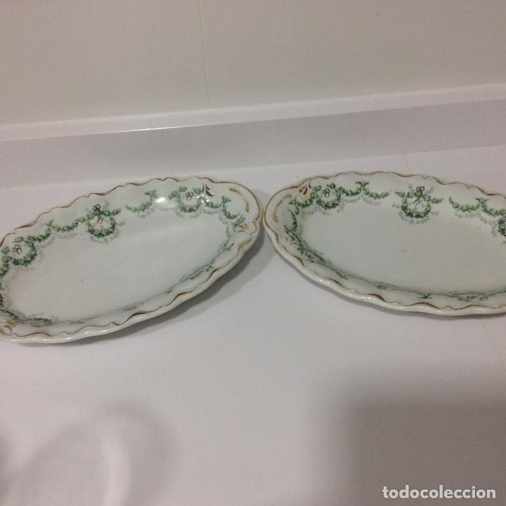 Antigüedades: Antigua sopera, salsera, frutero y dos fuentes aperitivos de porcelana opaca - Foto 8 - 135796778