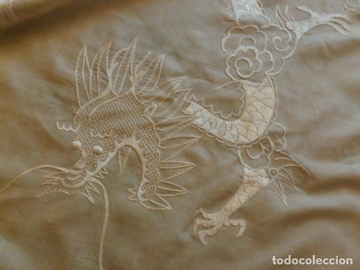 ANTIGUO MANTÓN DE SEDA ART DECO - DRAGONES CHINOS - PRINCIPIOS S.XX (Antigüedades - Moda - Mantones Antiguos)