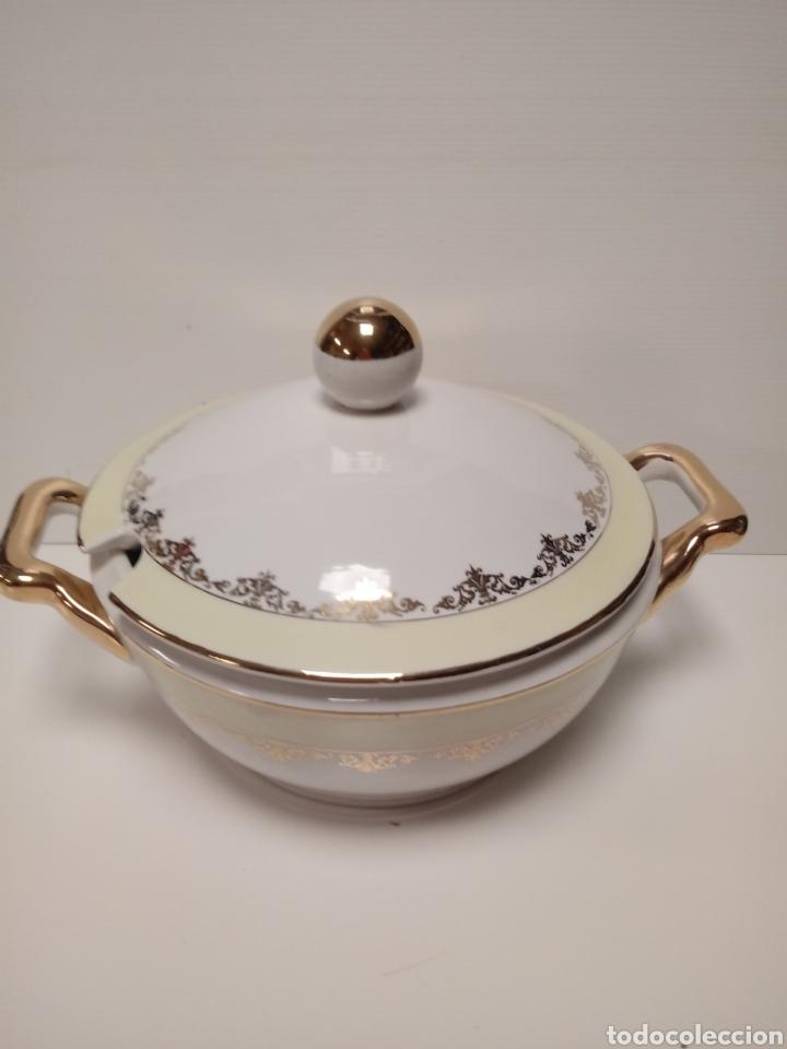 ANTIGUA SOPERA DE CERAMICA (Antigüedades - Porcelanas y Cerámicas - Otras)