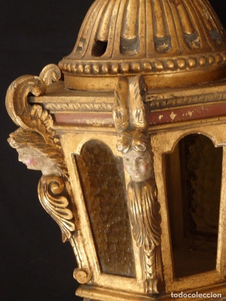 Antigüedades: Farol de techo de estilo barroco en madera tallada y dorada. 63 cm. Hacia 1900. - Foto 9 - 135848010