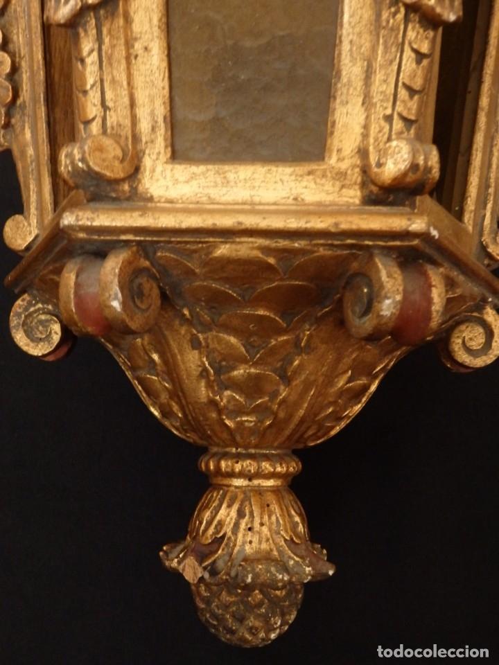 Antigüedades: Farol de techo de estilo barroco en madera tallada y dorada. 63 cm. Hacia 1900. - Foto 12 - 135848010