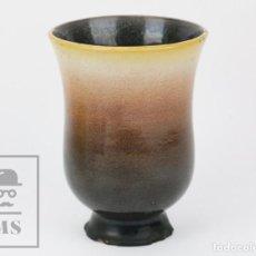 Antigüedades: JARRÓN DE CERÁMICA VIDRIADA - JORDI SERRA MORAGAS - FIRMADO EN LA BASE - AÑOS 60-70 - ALTURA 21 CM. Lote 135865334