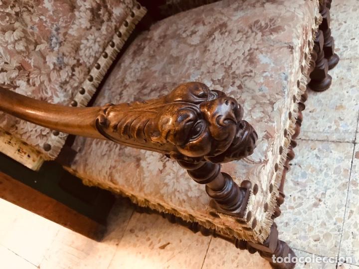 Antigüedades: Pareja de sillones tallados. - Foto 3 - 135865463