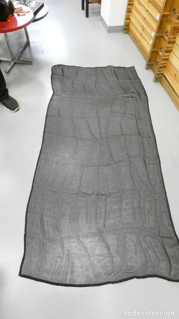 ANTIGUO COMPLEMENTO DE MANTILLA. 200 CM X 90 CM (Antigüedades - Moda - Mantillas)
