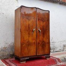 Antigüedades - Armario antiguo estilo art decó, años 20. Armario ropero modernista retro vintage. - 135955402