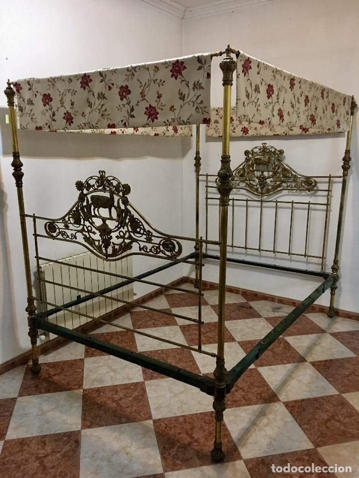 CAMA VICTORIANA CON DOSEL (Antigüedades - Muebles Antiguos - Camas Antiguas)