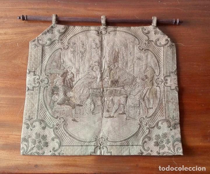 TAPIZ DECORATIVO. ESCUELA FRANCESA. SIGLO XVIII. (Antigüedades - Hogar y Decoración - Tapices Antiguos)