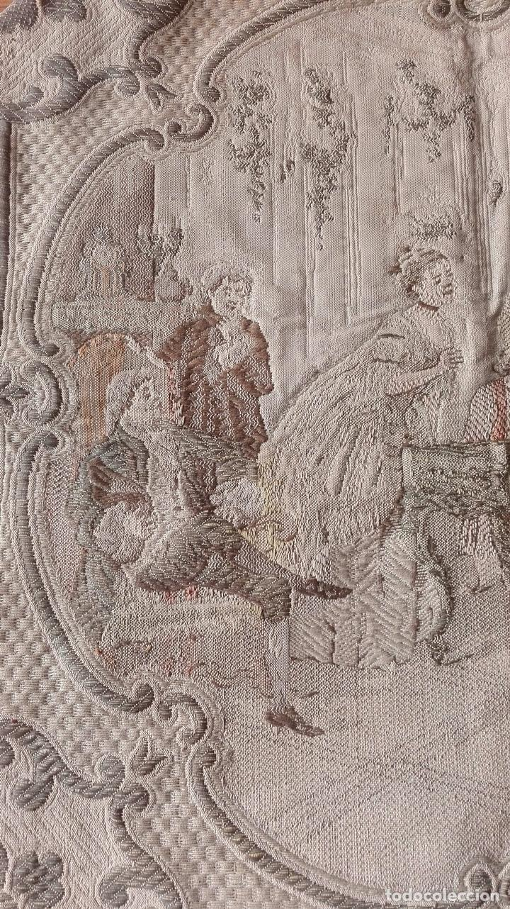 Antigüedades: Tapiz decorativo. Escuela Francesa. Siglo XVIII. - Foto 3 - 136114902
