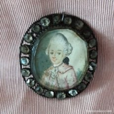 Antigüedades: BROCHE-MEDALLA PARA CINTA DE CUELLO DEL SIGLO XVIII CON MINIATURA. Lote 136131462