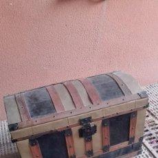 Antigüedades: BAÚL ANTIGUO RESTAURADO. Lote 136131994