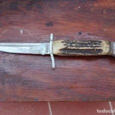 Antigüedades: ANTIGUO CUCHILLO DE CAZA SOLINGEN ROSTFREI. Lote 136135062
