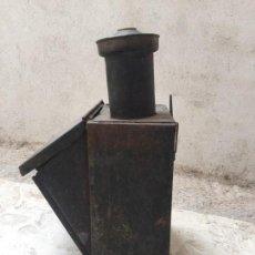 Antigüedades: FAROL COLGAR ESTACION FERROCARRIL TRANVIA TREN TODO ORIGINAL VIDRIOS COLORES PPIO S XX 40X25X22CMS. Lote 136178846