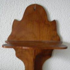 Antigüedades: ESTANTERIA O MÉNSULA DE MADERA.. Lote 136204110