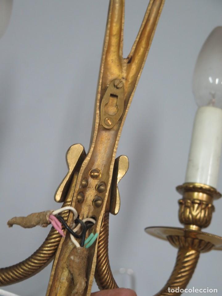 Antigüedades: APLIQUE DE BRONCE DORADO. ESTILO LUIS XVI - Foto 6 - 136205202