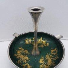 Antigüedades: PRECIOSO CENTRO DE MESA ANTIGUO EN PLATA DE LEY Y METAL ESMALTADO, USO DE CENICERO Y CANDELABRO.. Lote 136216334