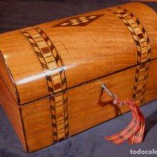 Antigüedades: ANTIGUA CAJA DE TÉ INGLESA EN FORMA DE COFRE. R850438. Lote 136298418