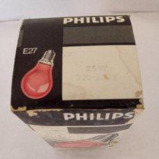 Antigüedades: BOMBILLA PHILIPS ROJA 220 V. 25 W. Lote 136349682