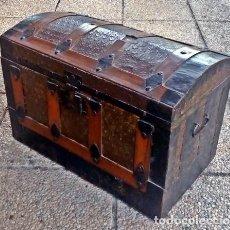 Antigüedades: BAÚL ANTIGUO . Lote 136392462