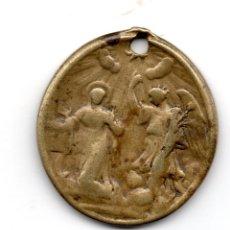 Antigüedades: VIRGEN MARÍA Y ARCANGEL GABRIEL,REVERSO CRUCIFIXIÓN DE JESÚS.MEDALLA EN BRONCE SIGLO XVIII. Lote 136397454